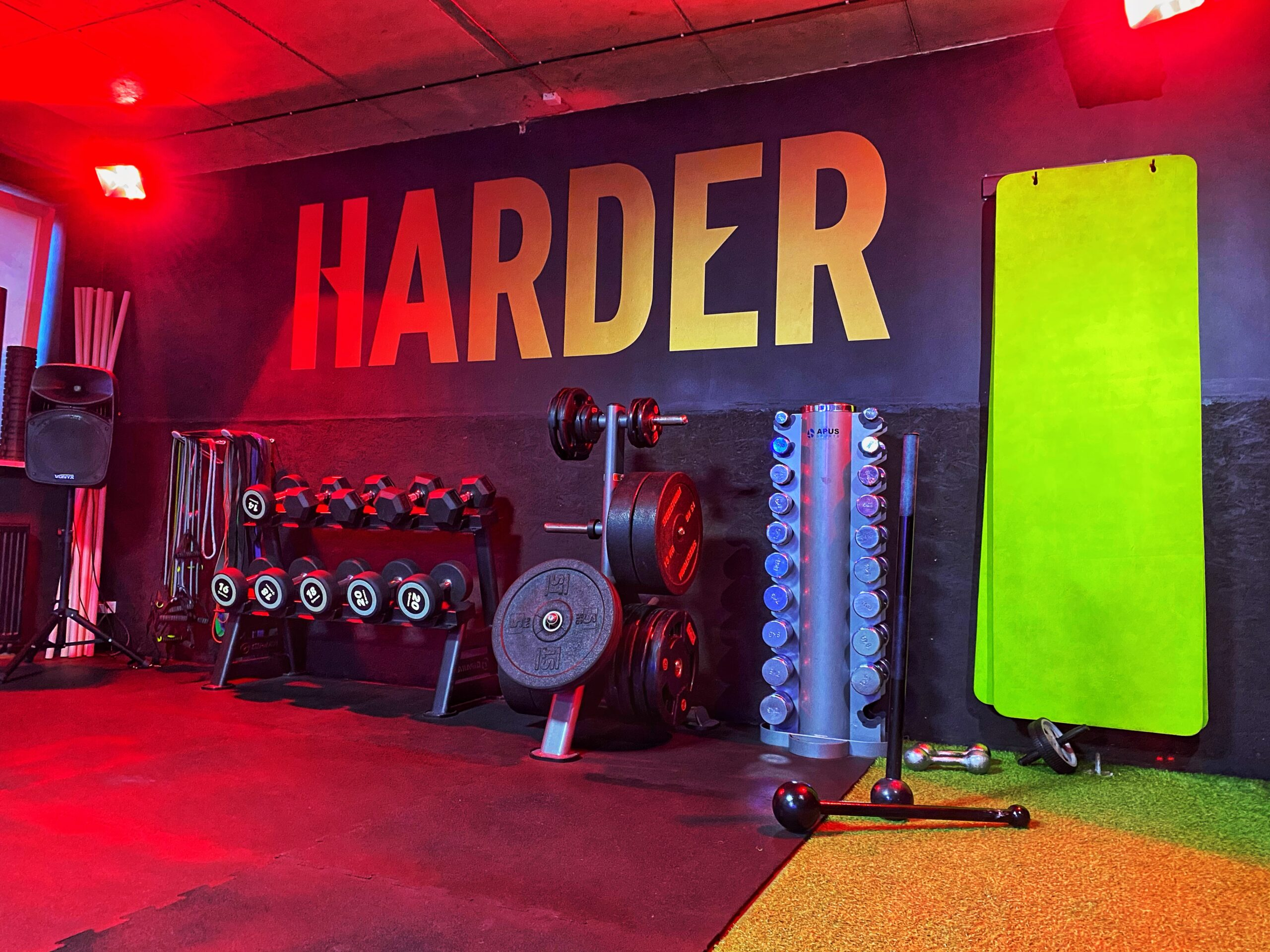Harder, Perfect Gym mobile app